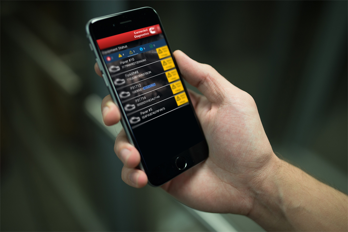 connected-diagnostics-app-hand2