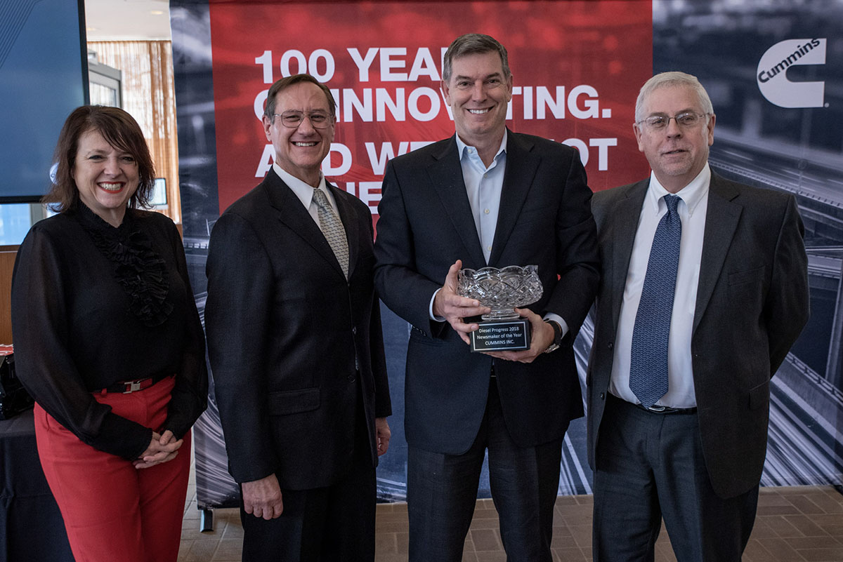 Diesel Progress presents Cummins with its 2018 Newsmaker of the Year award earlier this month.