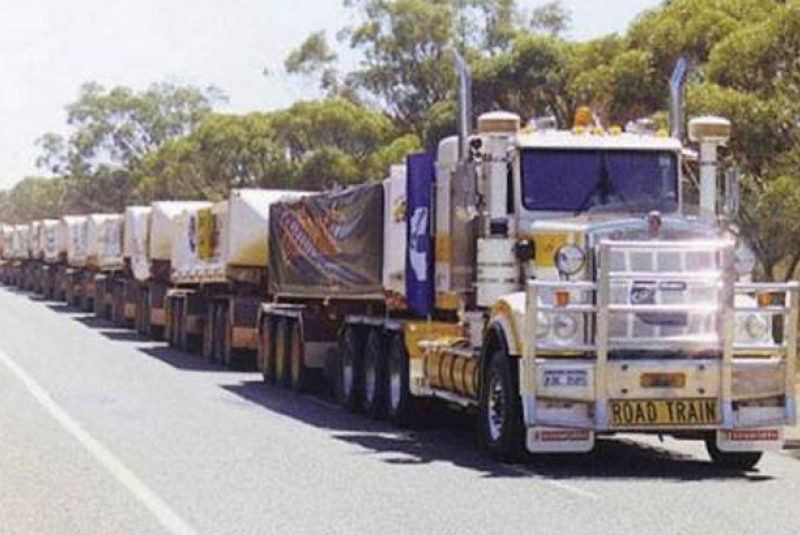 Cummins-powered Kenworth Pulls Longest-ever Roadtrain