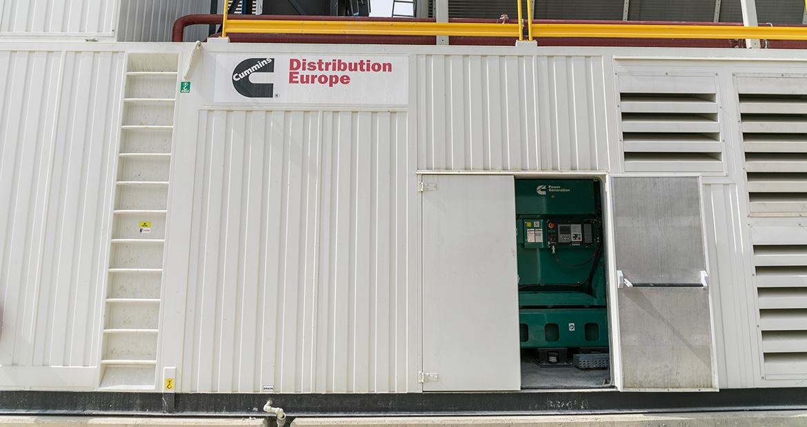 In the scope of the Çöpler Sulfide Expansion Project, Cummins Turkey supplied 3 x Cummins C3500D5 generator sets inside a customized container together with remote radiator and air-starting system.