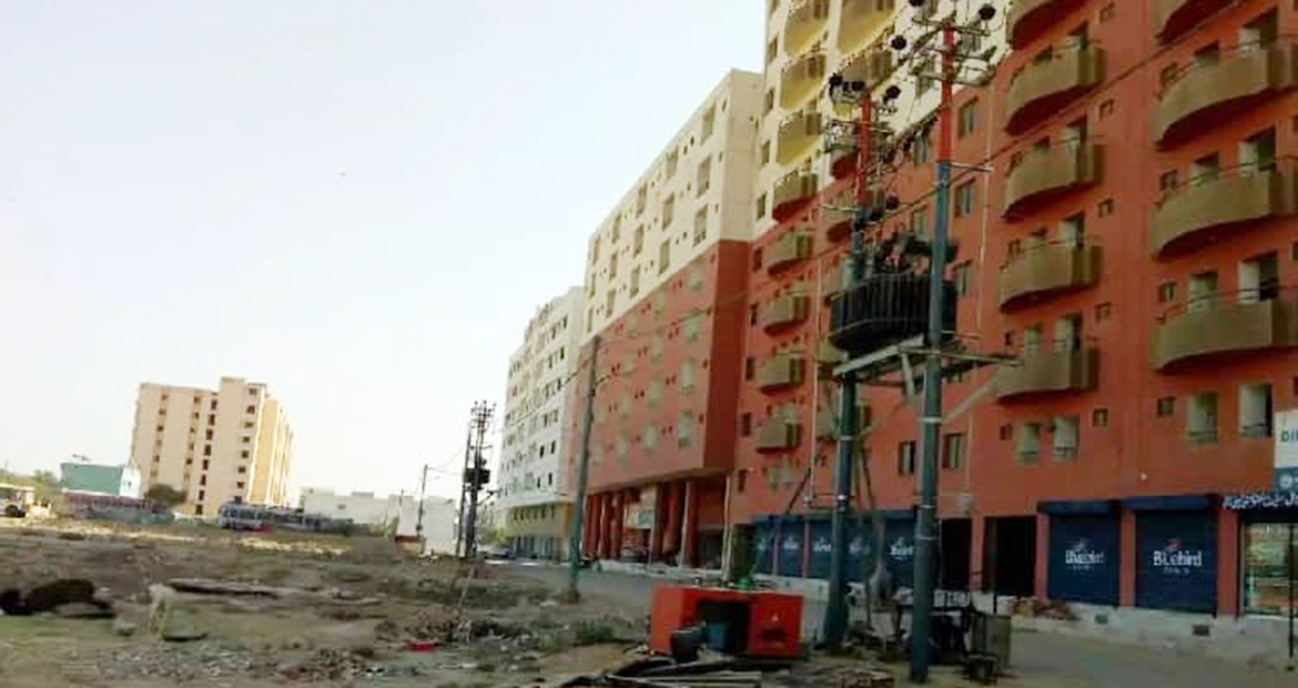 The builder of a new condominium in Karachi turned to Cummins authorized distributor Orient Energy Systems for a dependable backup power system.