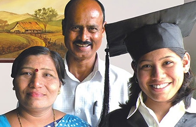 indian graduate with parents